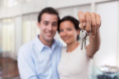 как продать квартиру с прописанным человеком