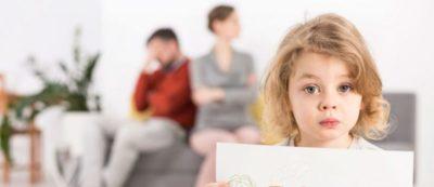 как выписать чужого ребенка из своей квартиры