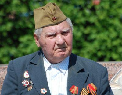 почему задерживают военную пенсию