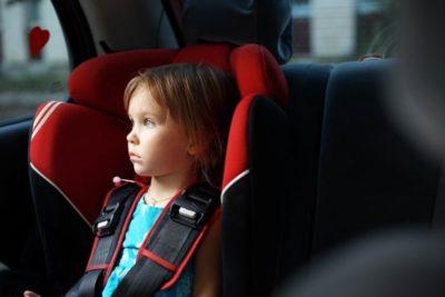 как правильно перевозить детей в легковом автомобиле