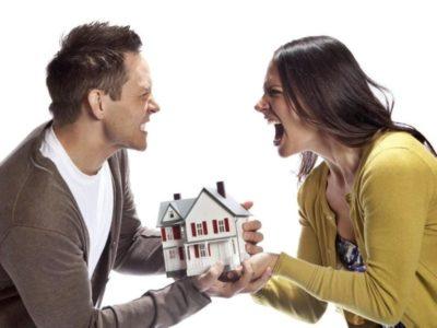 как разделить дом после развода